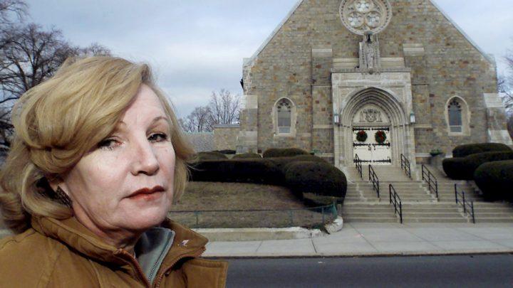Maryetta Dussourd, 74, Dies; Raised Early Alarm on Abusive Priests