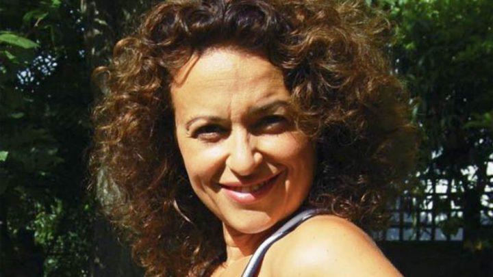 Loose Women bombshell Nadia Sawalha spills out of tiny sports bra