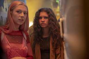 'Euphoria' Star Hunter Schafer on What That 'Completely F–ed' Nate Twist Means for Jules – and Rue