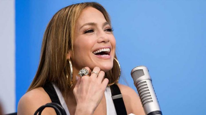 J. Lo Used This Shampoo For Her Iconic Hair in Her 'Medicine' Music Video