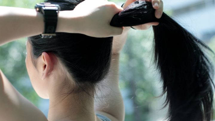This Genius Hack For Smoothing Flyaways Is the Only Thing You Need to Know This Summer
