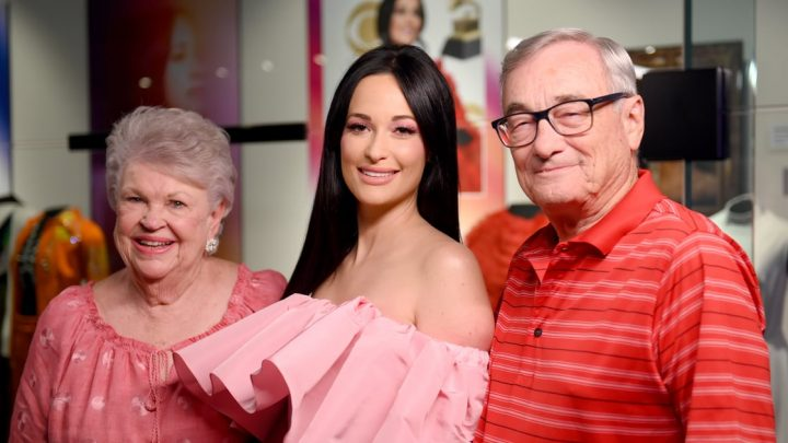 The Exact Makeup Kacey Musgraves Wore to Her Country Music Hall of Fame Exhibit Opening