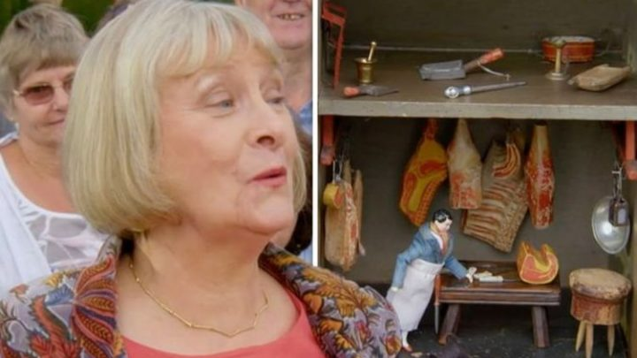 Antiques Roadshow: 'Remarkable' Guest floored by huge valuation of 'unique' dollhouse