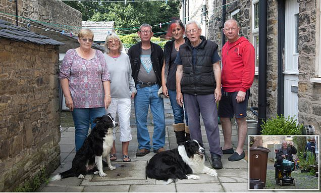 We were right, say diehards who refused to leave Whaley Bridge