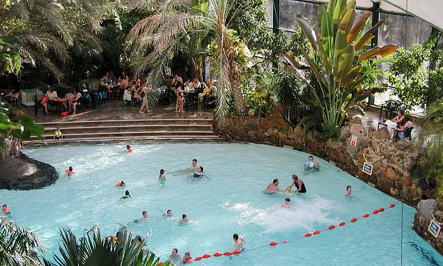 Young boy dies at Center Parcs in Longleat