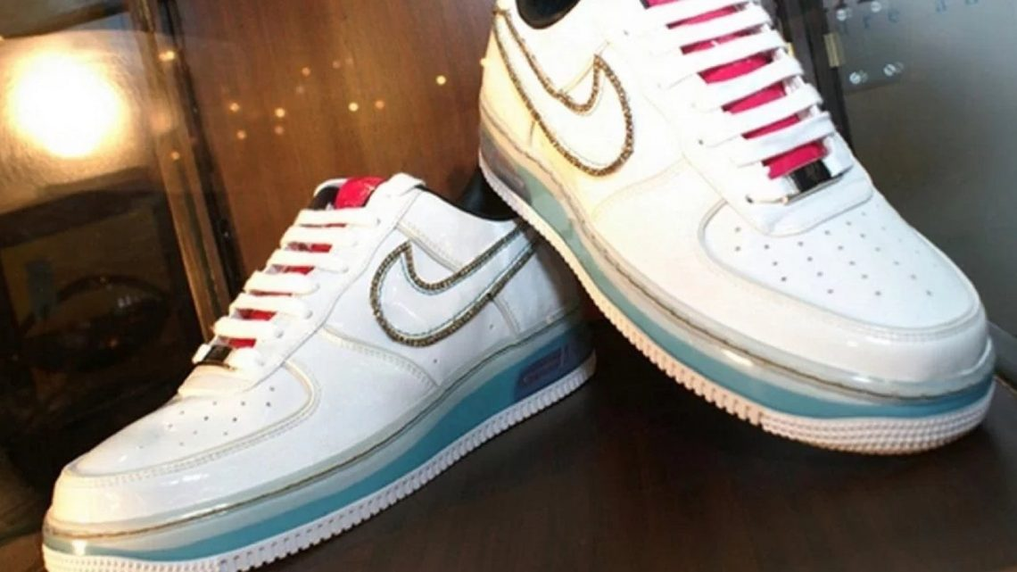 10 Most Expensive Shoes Made By Nike | The Projects World