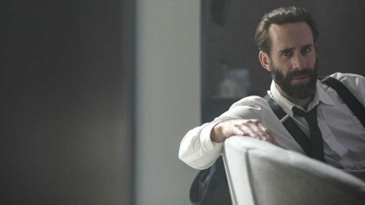 Joseph Fiennes Is as Thrilled as You about Fred Waterford's Handmaid's Tale Downfall