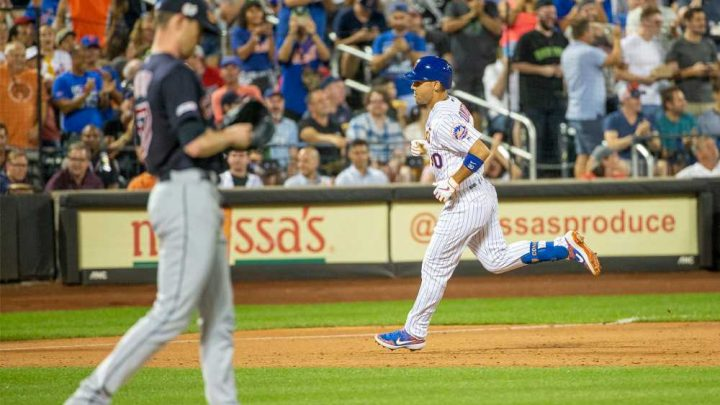 Mets kick off critical stretch in style