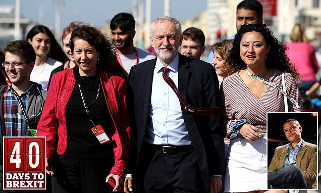 Jeremy Corbyn comes under fire from own MPs over Labour Brexit stance