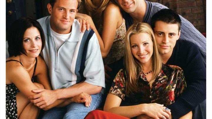 PEOPLE Celebrates Friends 25th Anniversary in New Special Edition