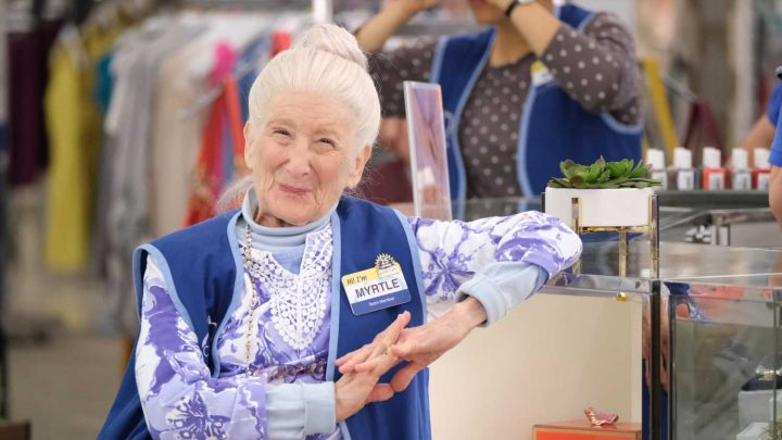 'Superstore' actress Linda Porter dead at 86, her cast mates react