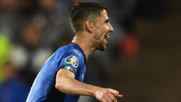 Finland 1-2 Italy: Jorginho penalty puts Italy further clear in Group J
