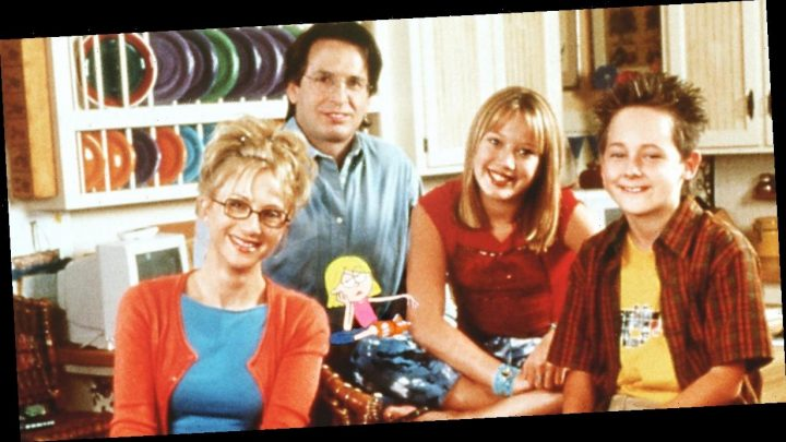 Original Lizzie McGuire Cast Reunites for First Time In 15 Years for Reboot