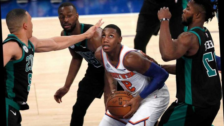 Point guard-less Knicks fold in fourth in 'embarrassing' loss to Celtics