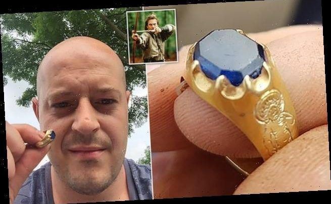 Metal detectorist finds gold Medieval ring tipped to fetch £50,000