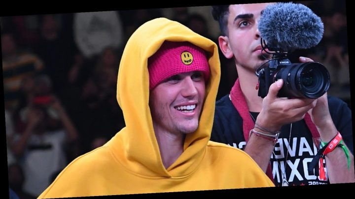 Justin Bieber Cheers On Logan Paul at Pro Boxing Match
