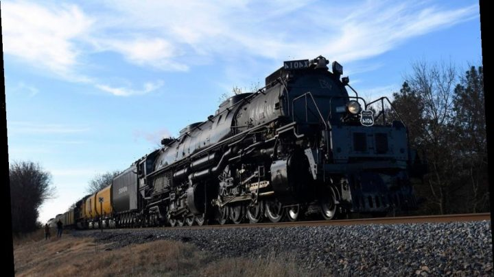 Judge orders Union Pacific to rehire engineer who defecated on train
