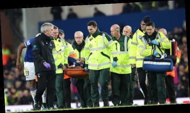 Andre Gomes: Everton midfielder released from hospital after ankle surgery