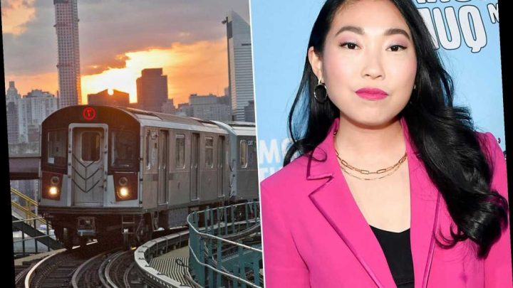 New Yorkers love —and hate — Awkwafina as the voice of 7 train