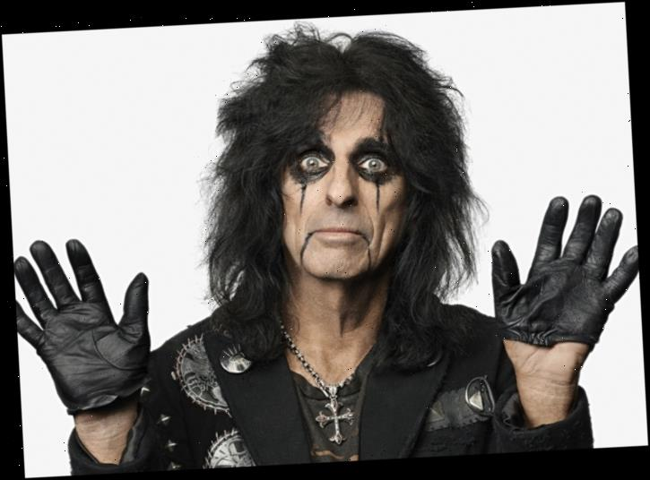 Alice Cooper Announces Summer Tour With Tesla, Lita Ford
