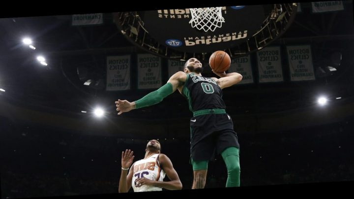 Los Angeles Lakers at Boston Celtics odds, picks and best bets