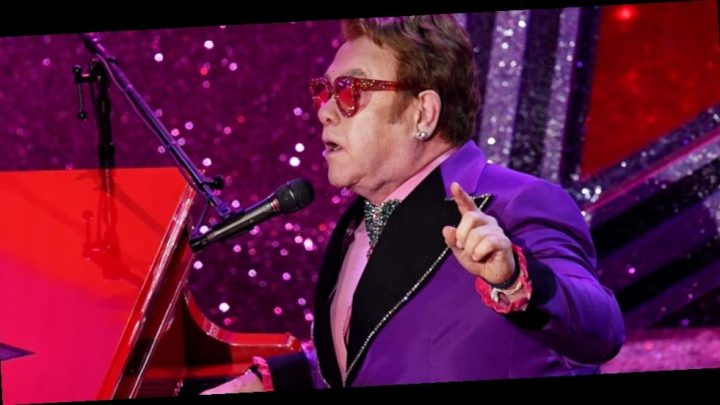 Elton John Performs '(I'm Gonna) Love Me Again' at Oscars 2020