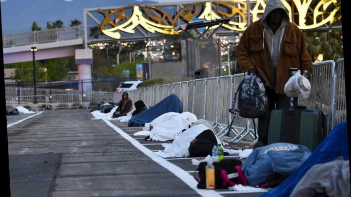 Las Vegas parking lot turned into homeless shelter during coronavirus crisis