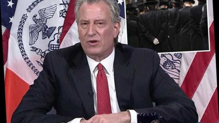 Bill de Blasio 'sorry' if Jewish community felt 'singled out' by arrest threat after 7,000 gathered at huge funeral – The Sun