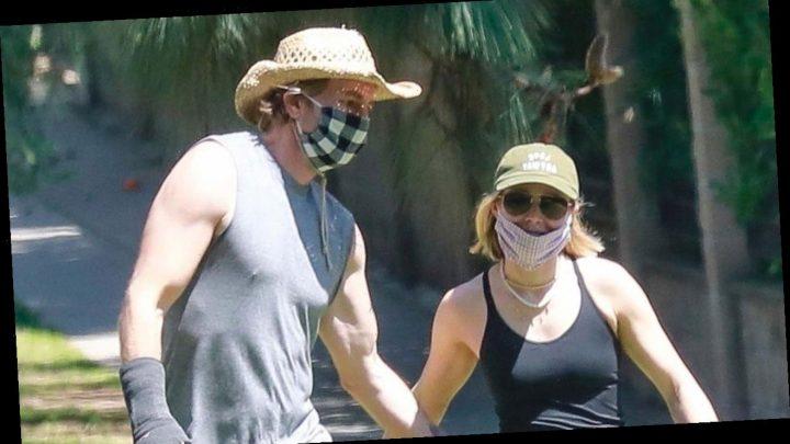Kristen Bell and Dax Shepard Pat Each Other's Butt During Walk