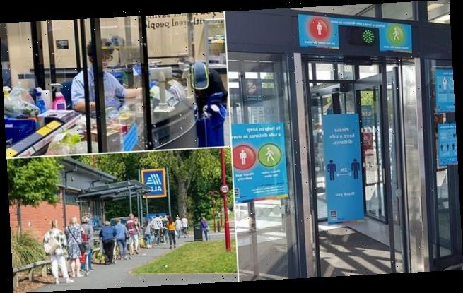 Aldi install TRAFFIC LIGHTS telling customers when they can enter