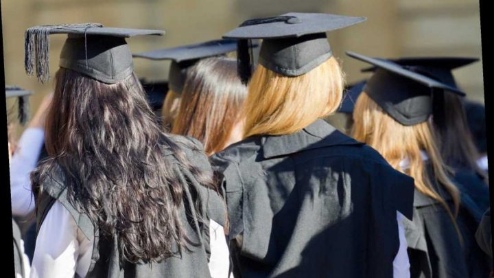 University students to pay full tuition fees even if courses taught online from autumn