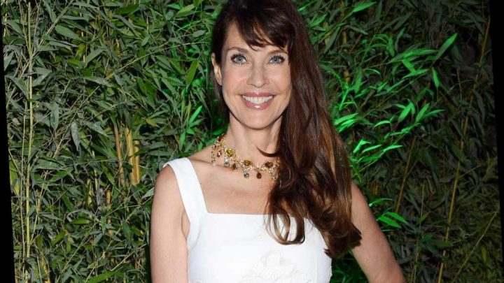 Carol Alt, 59, poses topless for Sports Illustrated's 'Swimsuit Icon Challenge'