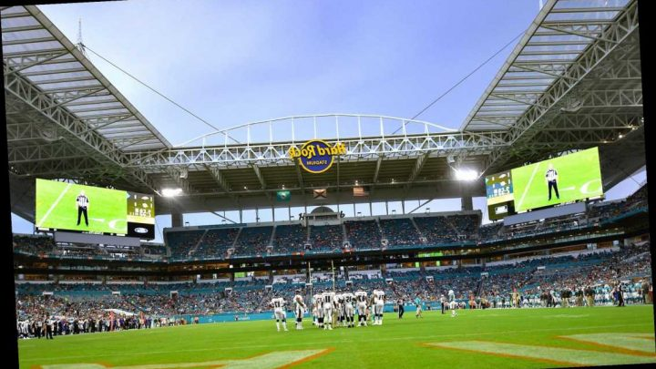 Dolphins unveil a reopening plan that includes fans