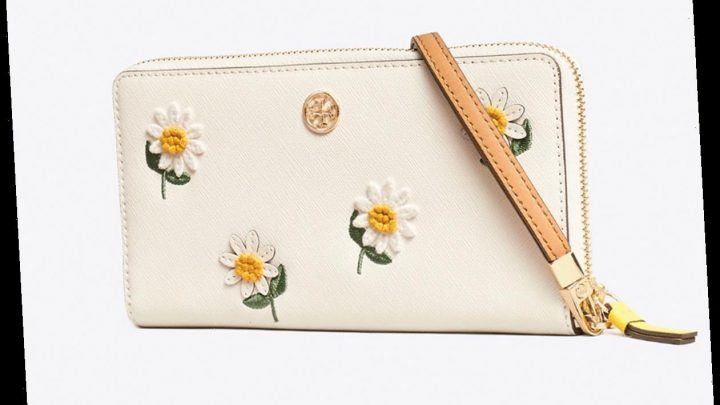This Tory Burch Wristlet Will Complete All of Your Summer Looks ($79 Off!)