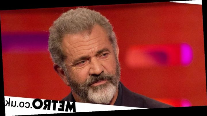 Mel Gibson denies Winona Ryder's claim he called her an 'oven dodger'
