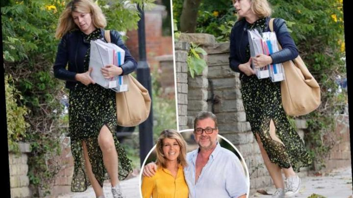 Kate Garraway carries piles of paperwork as she's spotted for first time since opening up on husband's covid-19 battle – The Sun