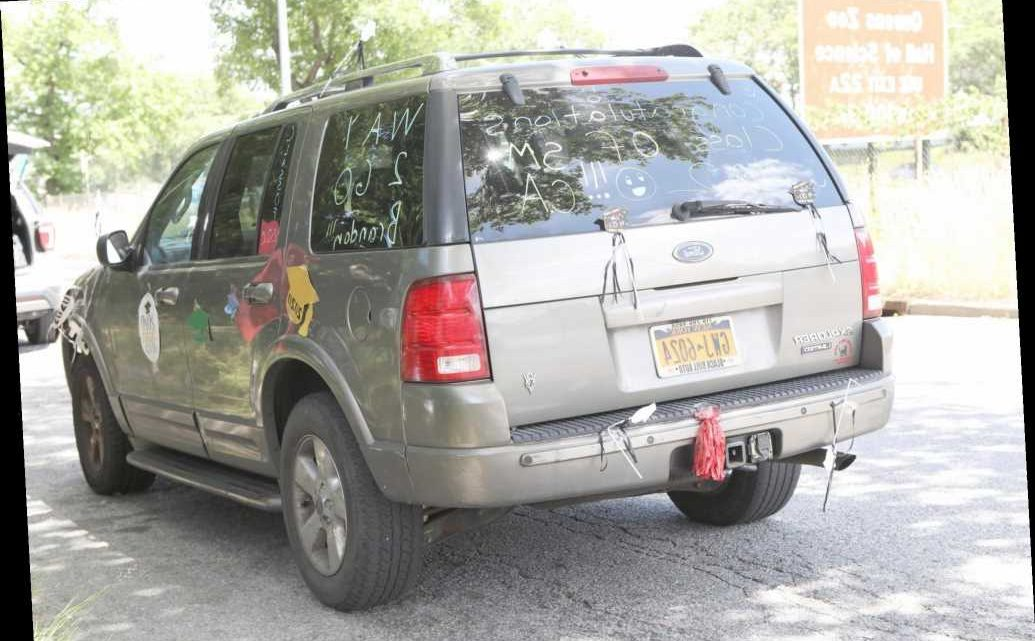 Man's remains found in backseat of SUV in Queens