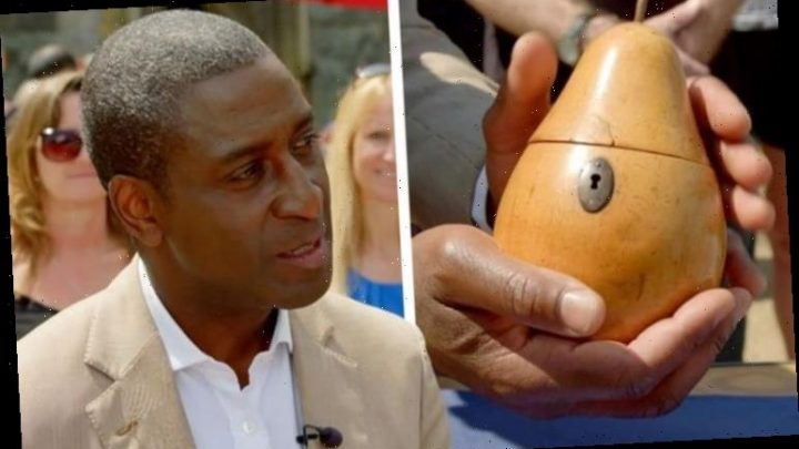 Antiques Roadshow expert halts valuation to issue warning: 'Don't buy it!'