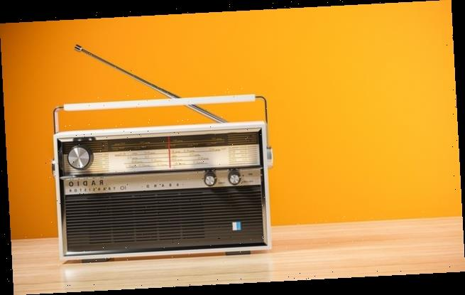 Radio fans can listen to AM and FM for another decade