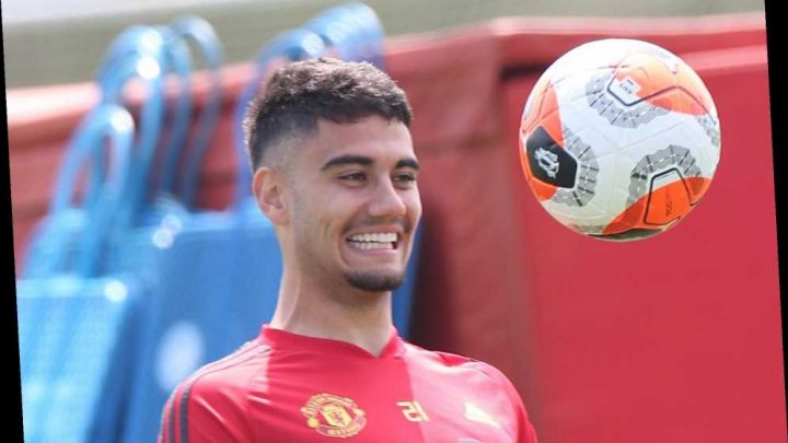 Man Utd star Andreas Pereira hits back at trolls and blasts 'nobody cares what you tweet' as he plays Call of Duty