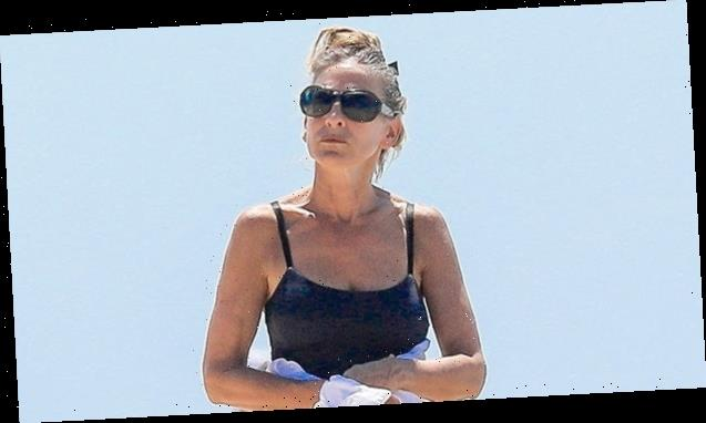 Sarah Jessica Parker, 55, Rocks One-Piece Swimsuit During Sunny Day In The Hamptons
