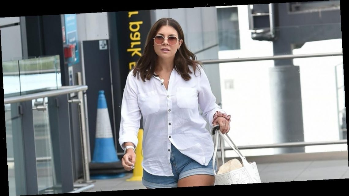 Imogen Thomas looks casual as she jets off to Greece on a girls' holiday