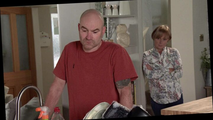 Coronation Street spoilers: Tim Metcalfe finally realises his dad Geoff is an evil abuser