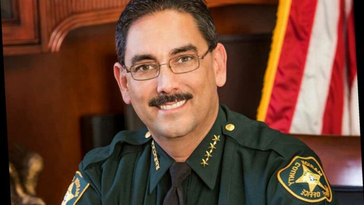Florida sheriff bans cops from wearing masks on the job as COVID-19 deaths spike