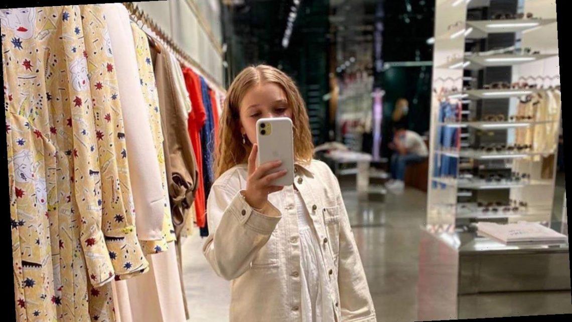 Victoria Beckham's daughter Harper hijacks her phone for adorable photoshoot