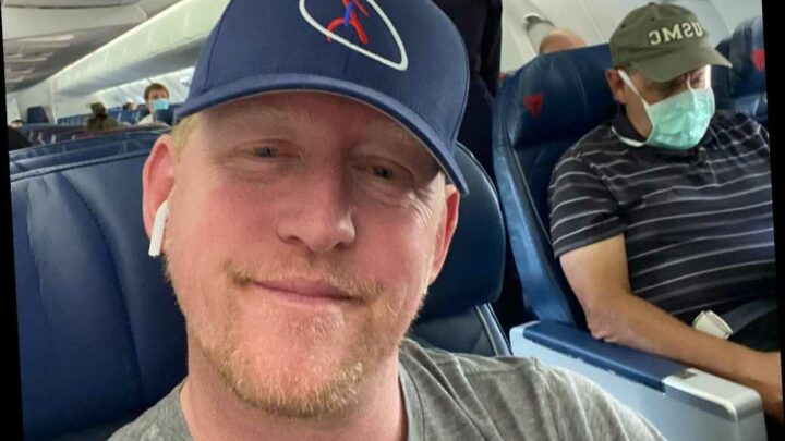 Ex-Navy SEAL who claims he killed Osama bin Laden brags about not wearing mask
