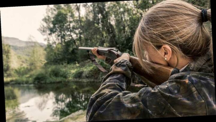 Female hunter receives death threats after modeling for French streaming service specializing in hunting, fishing