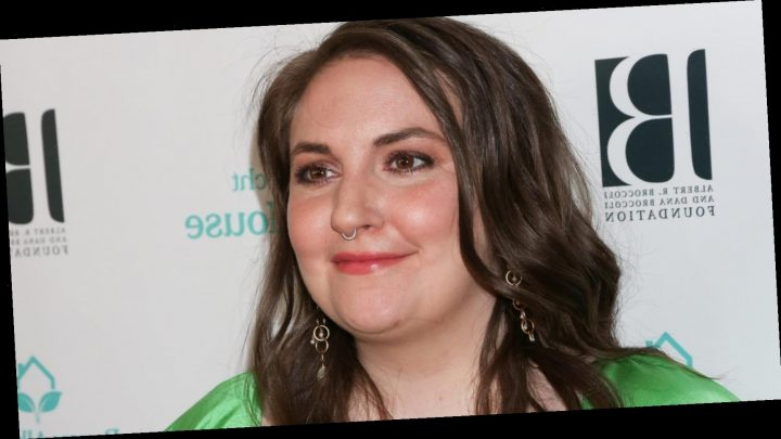 """Lena Dunham just got real about what it's like to have """"long Covid"""""""