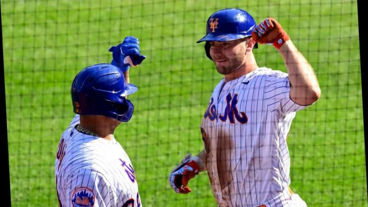 Mets destroy Phillies as Jacob deGrom dominates