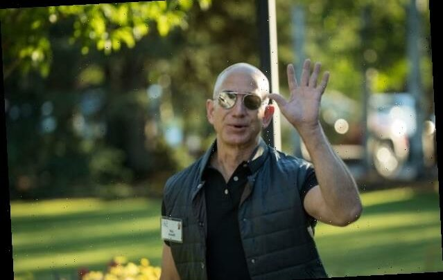 8 of the 10 Richest Americans Come From the Tech World
